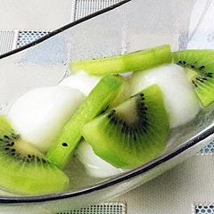 ☆ヨーグルト白玉とキウイフルーツ