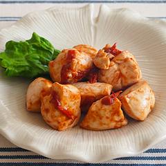 ☆鶏肉とトマトのピリ辛炒め