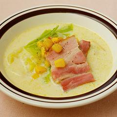 ☆キャベツとベーコンの豆乳白みそスープ