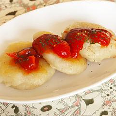 ☆いもモチのトマトソースがけ (ビタミンC 補給)