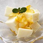 ☆牛乳かんハニーレモンソースがけ (カルシウム 補給)