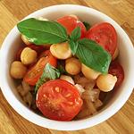 ☆ひよこ豆とトマトのバジルサラダ