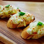 ☆カニとパプリカのチーズオープンサンド