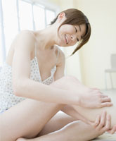 【お試し用ミニサイズ】ヴェレダ スキンフード(高保湿マルチクリーム/超ドライ肌用)
